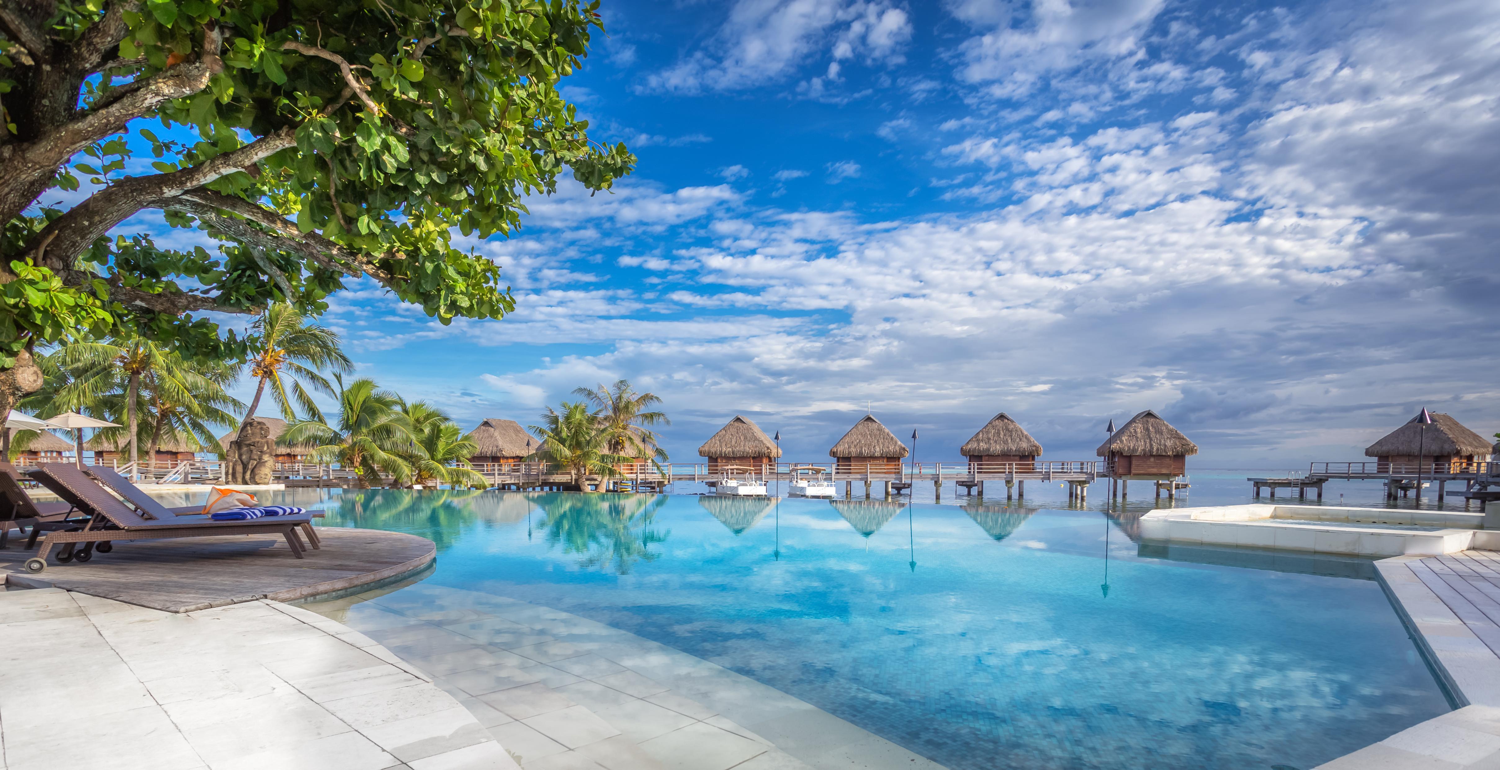 https://tahititourisme.ca/wp-content/uploads/2017/08/HEBERGEMENT-Manava-Beach-Resort-and-Spa-Moorea-1-Charles_Veronese.jpg