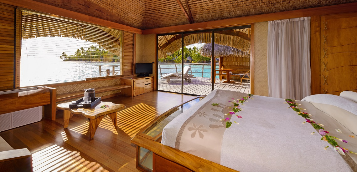 https://tahititourisme.ca/wp-content/uploads/2017/08/HEBERGEMENT-Tahaa-Island-Resort-Spa-3.jpg