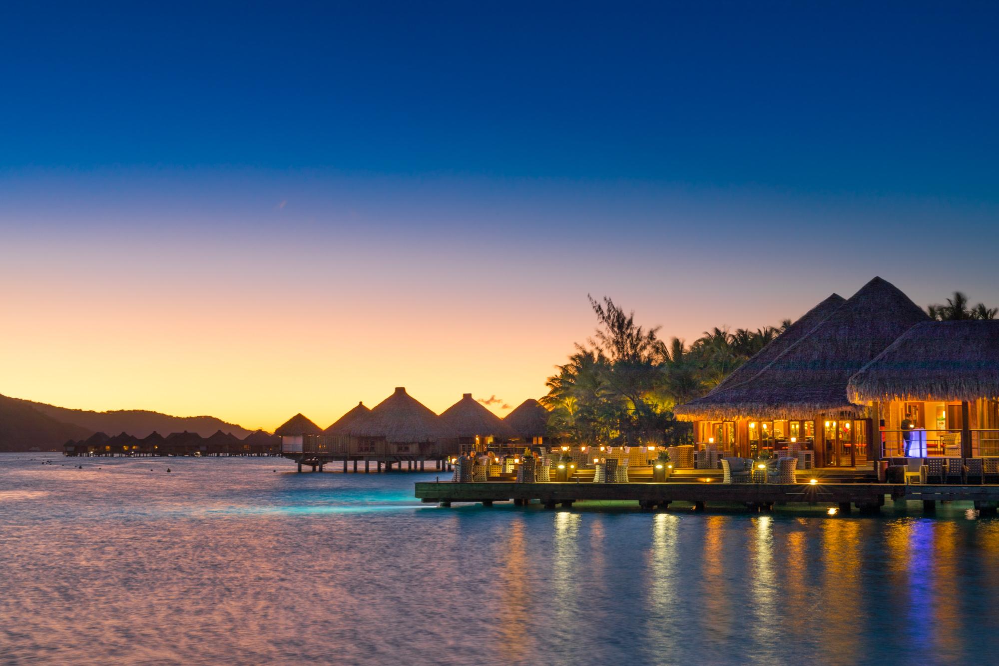 https://tahititourisme.ca/wp-content/uploads/2017/08/Lagoon-Restaurant.jpg