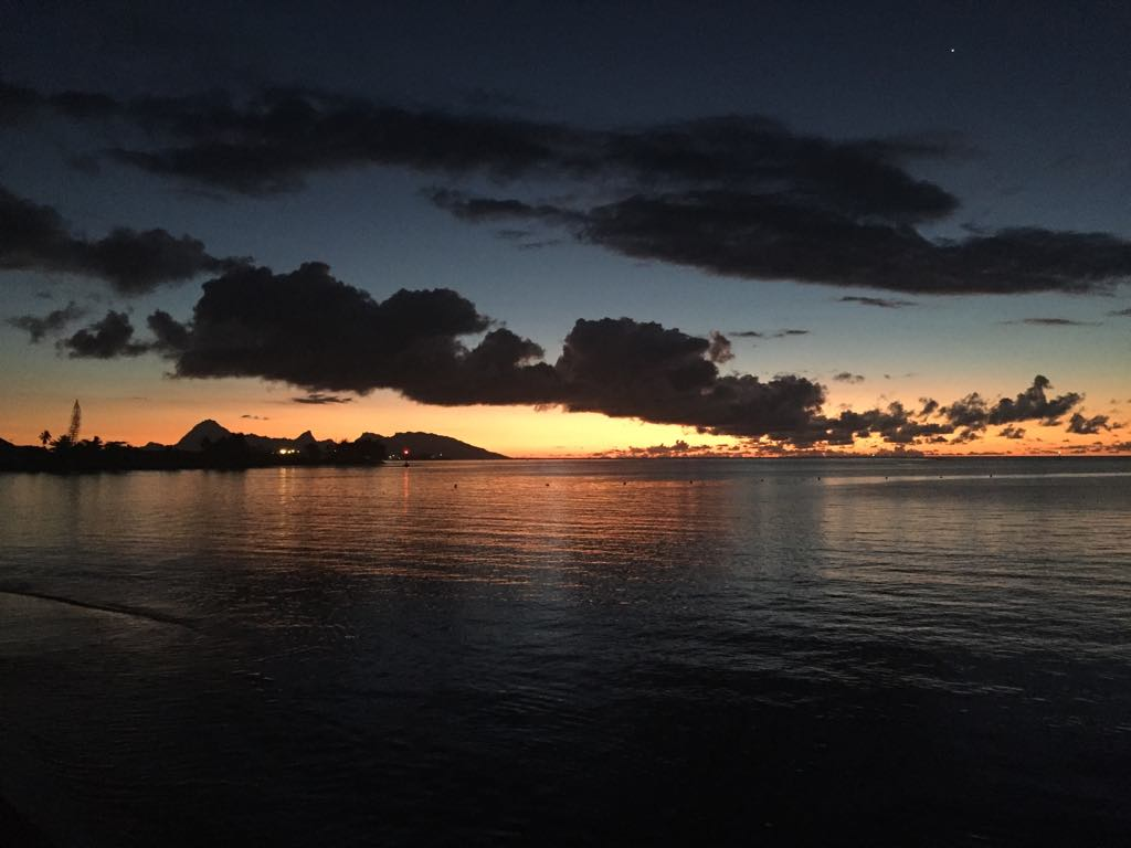 https://tahititourisme.ca/wp-content/uploads/2017/09/Mer-coucher-de-soleil.jpg