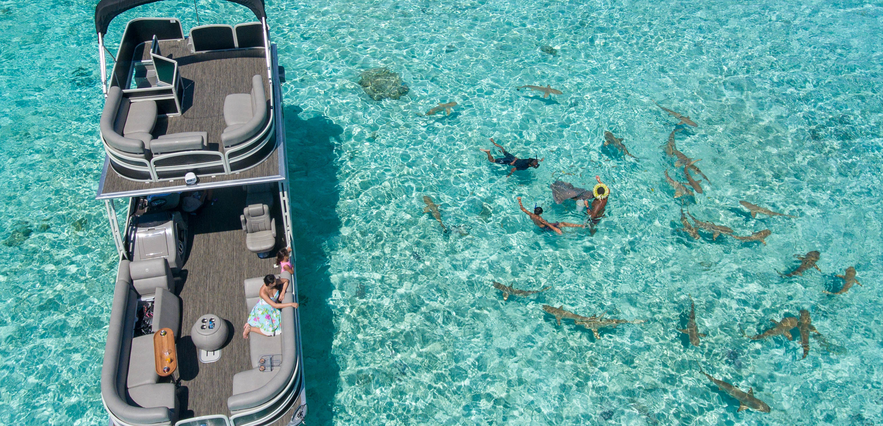https://tahititourisme.ca/wp-content/uploads/2017/10/ToaBoat_couv.jpg