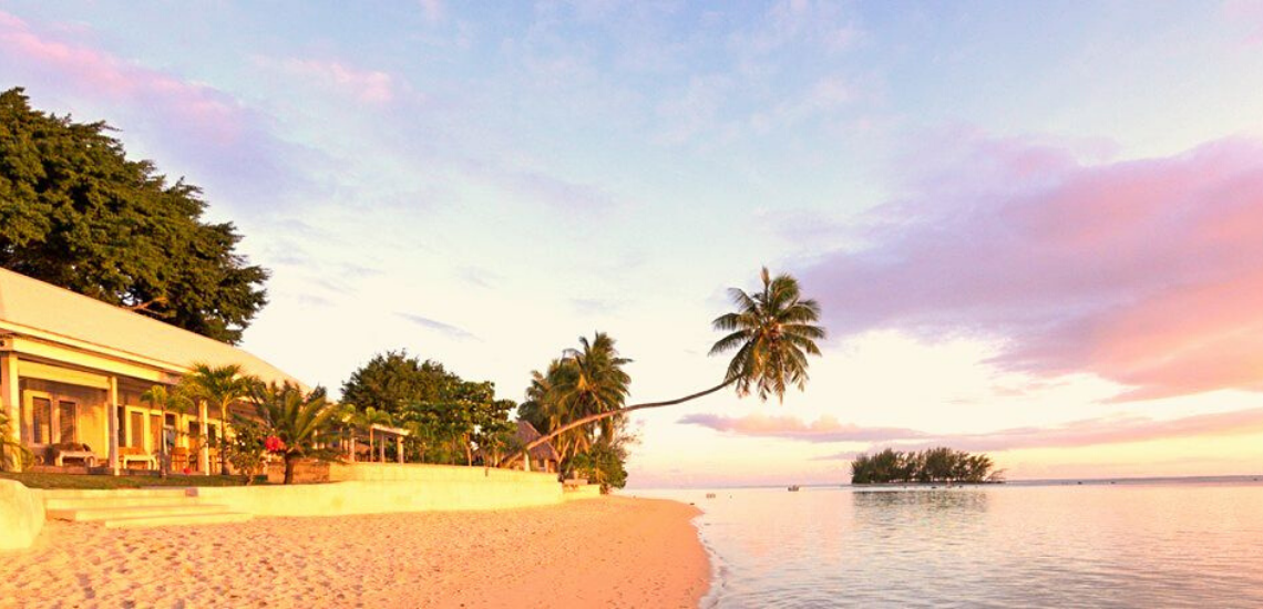 https://tahititourisme.ca/wp-content/uploads/2017/11/mooreabeachlodge_1140x5502.png