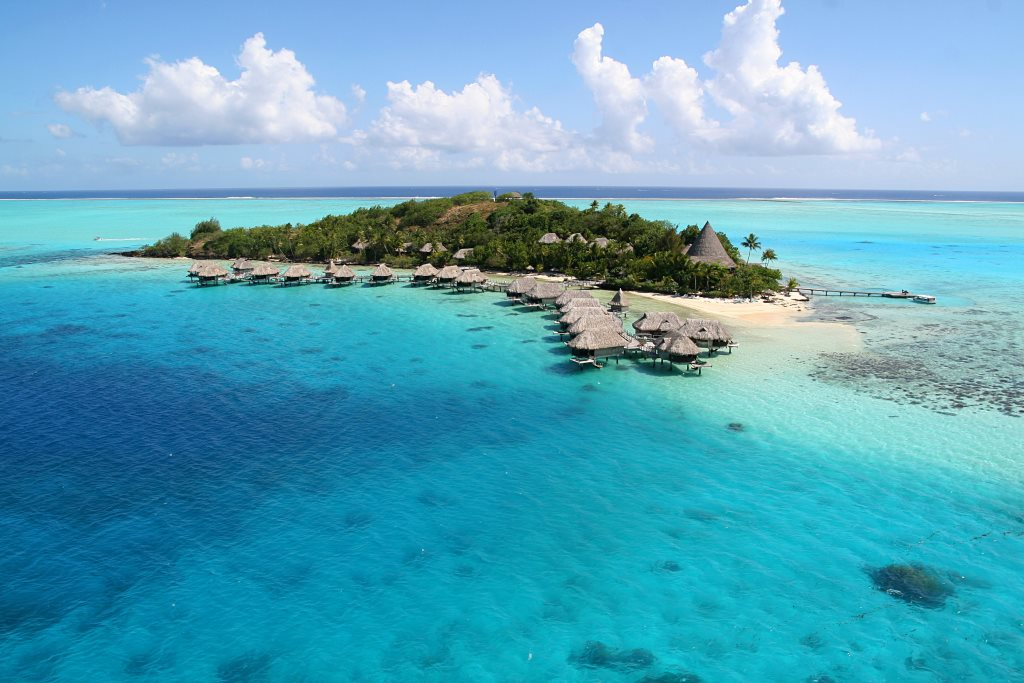 https://tahititourisme.ca/wp-content/uploads/2017/12/BOB-Sofitel-Bora-Private-Island-Aerial-View.gallery-image.1-2.jpg