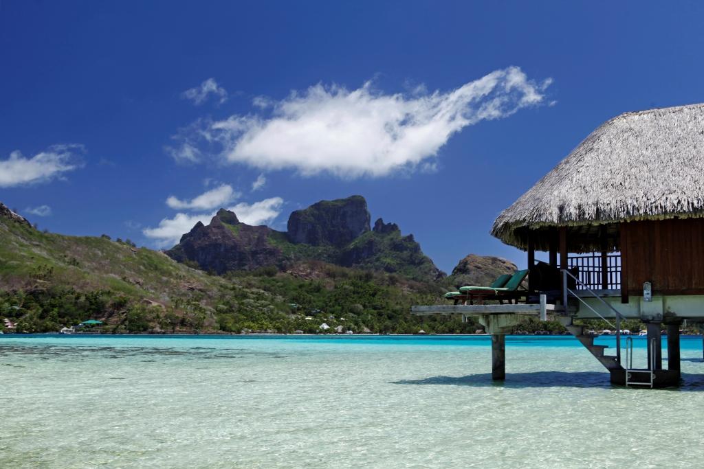 https://tahititourisme.ca/wp-content/uploads/2017/12/BOB-Sofitel-Bora-Private-Island-Island-Luxury-Overwater-bungalow17.gallery-image.1.jpg