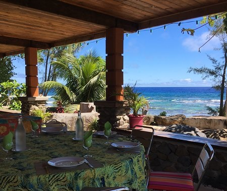 https://tahititourisme.ca/wp-content/uploads/2018/04/view-from-terrace-commune.jpg