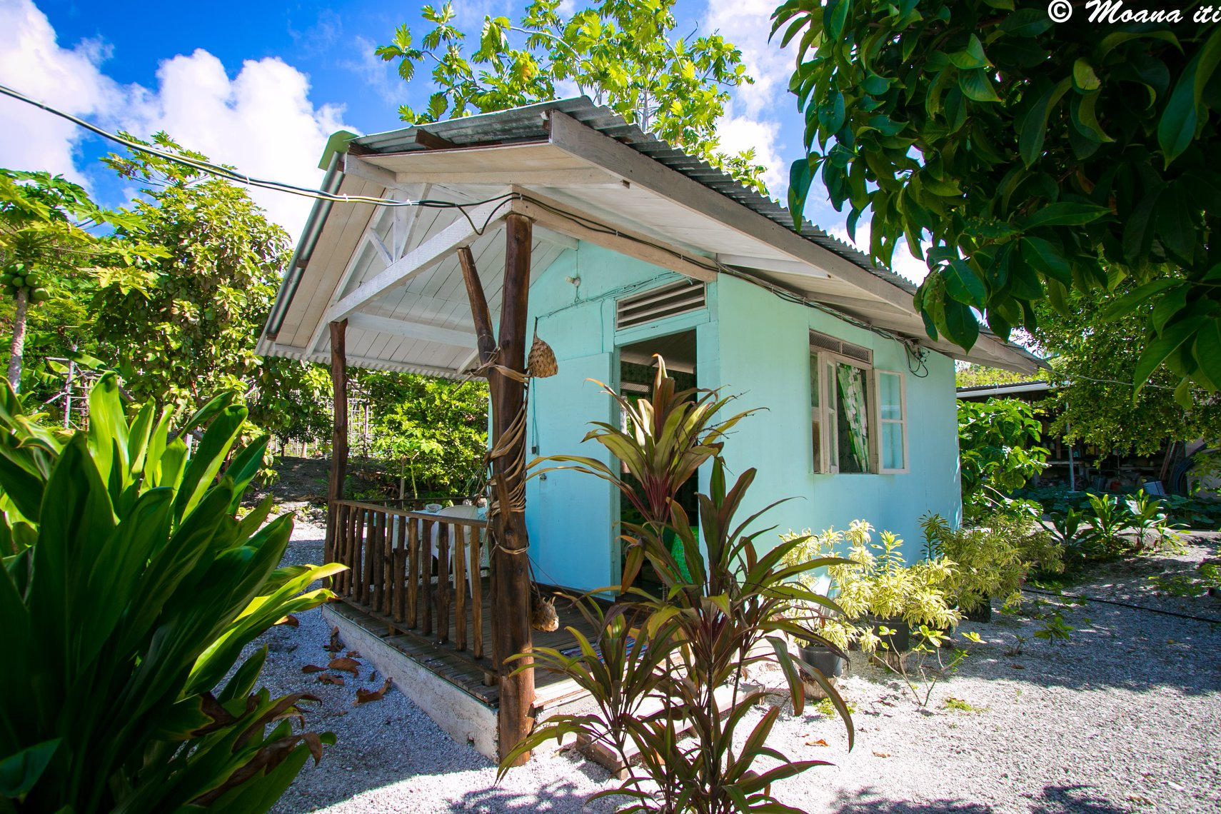 https://tahititourisme.ca/wp-content/uploads/2018/06/Bed-And-Breakfast.jpg