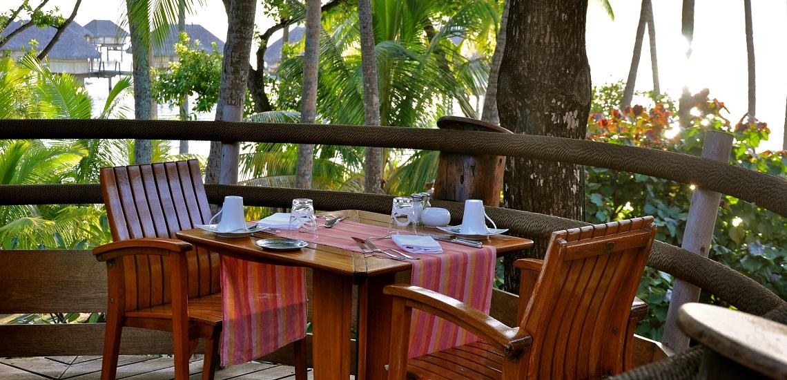 https://tahititourisme.ca/wp-content/uploads/2018/11/Le-Vanille-Restaurant.jpg