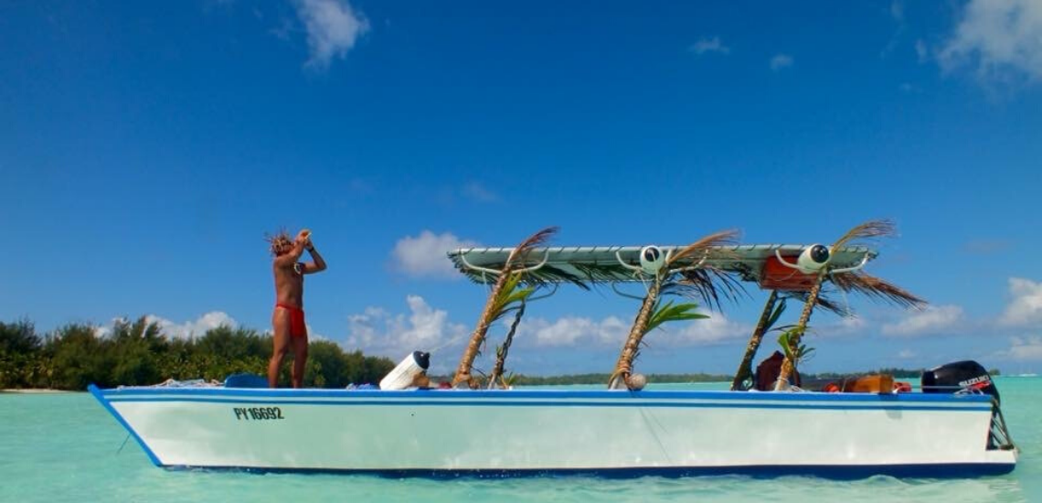 https://tahititourisme.ca/wp-content/uploads/2019/05/RostoService_1140x550-1.png