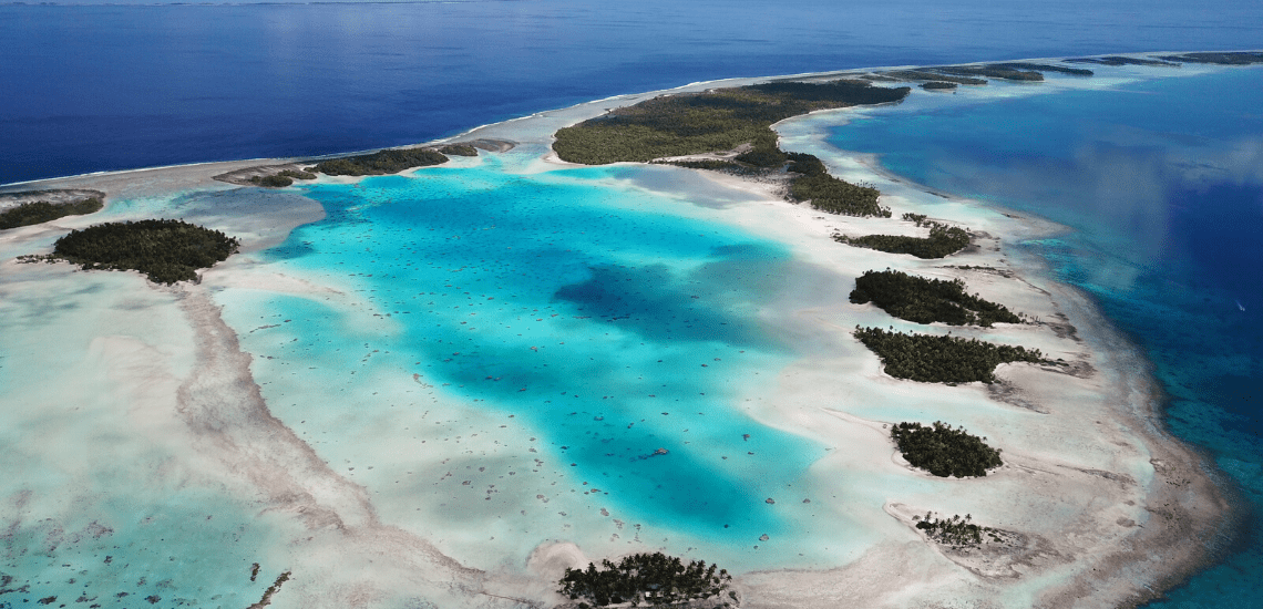 https://tahititourisme.ca/wp-content/uploads/2019/08/RangiroaExcursion2_1140x550-min.png
