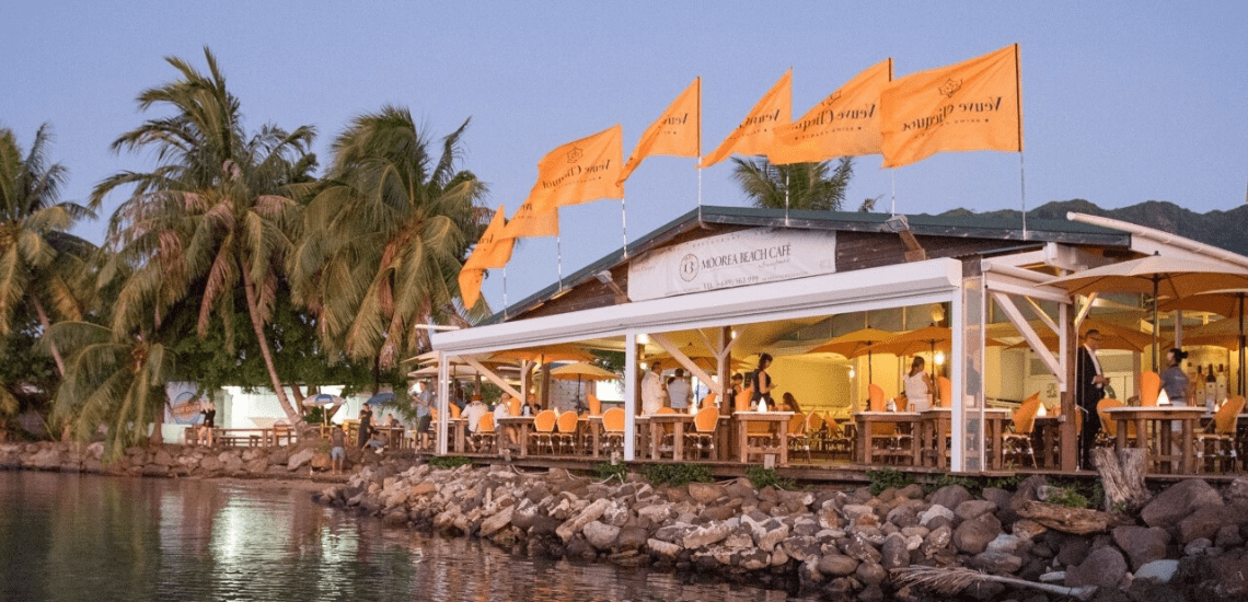 https://tahititourisme.ca/wp-content/uploads/2020/01/mooreabeachcafe_1140x550-min.png