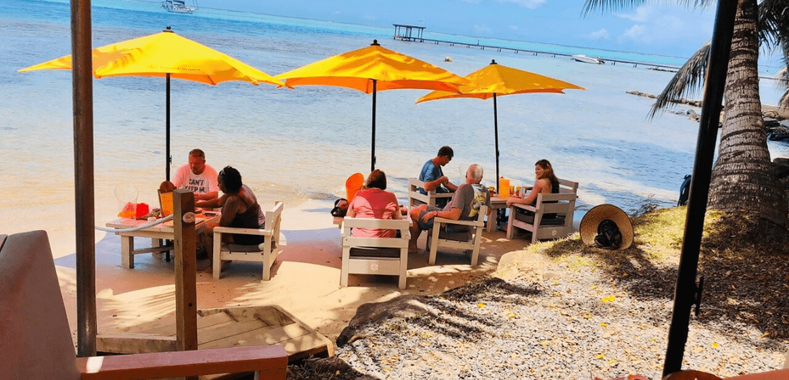 https://tahititourisme.ca/wp-content/uploads/2020/01/mooreabeachcafe_1140x5502-min.png