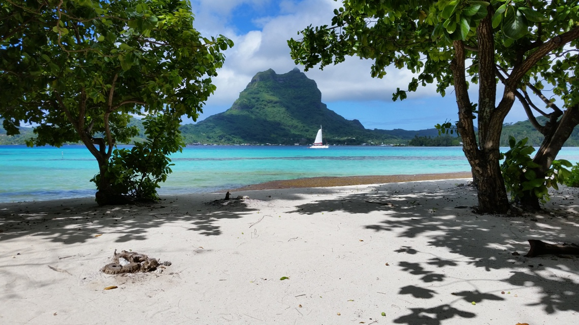 https://tahititourisme.ca/wp-content/uploads/2020/11/Slider2.jpg