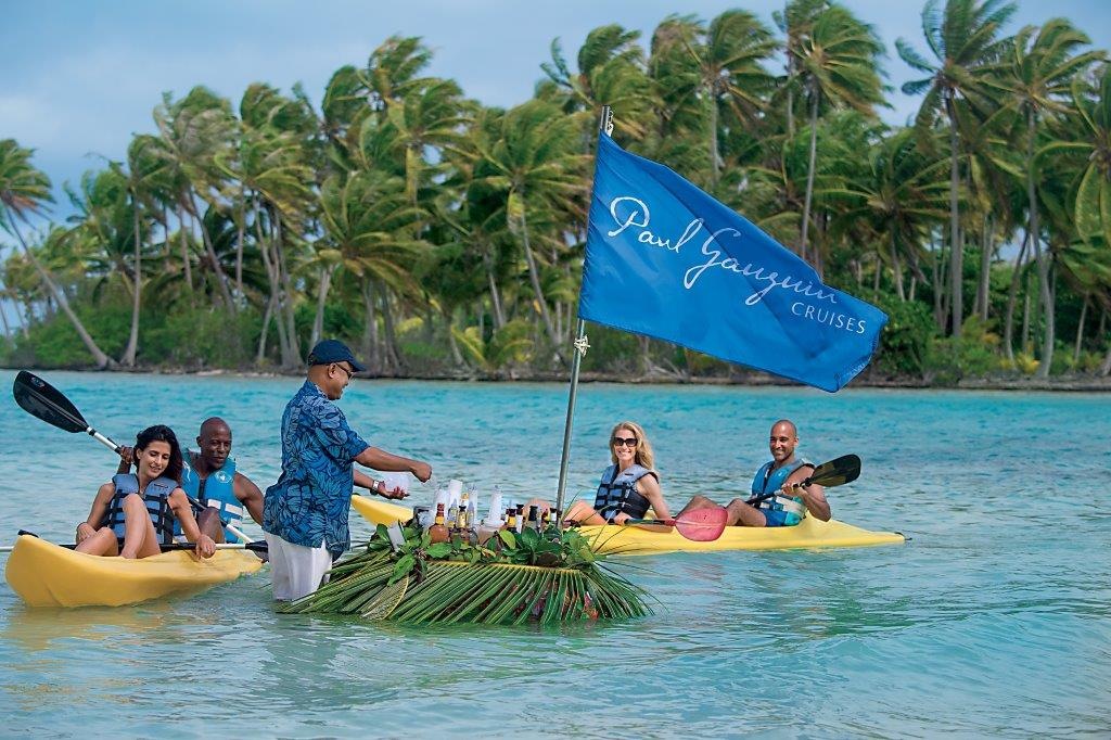 https://tahititourisme.ca/wp-content/uploads/2021/02/CG.L_Motu-Kayak-Floating-Bar_21009-hi.jpg