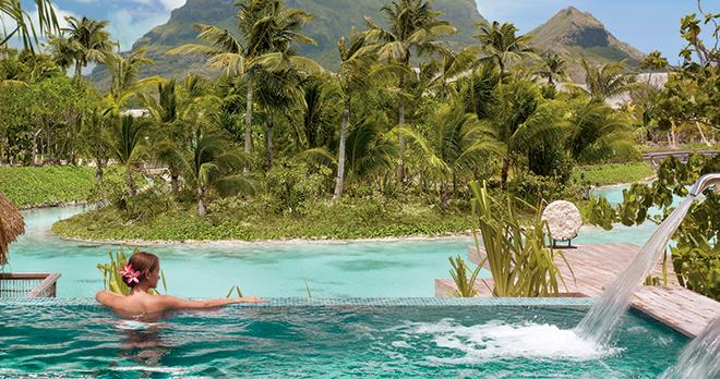 https://tahititourisme.ca/wp-content/uploads/2021/03/Four-seasons-Bora-Bora-Resort-1.jpg